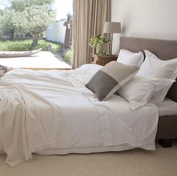 Queen quilt cover white & stone Tremiti