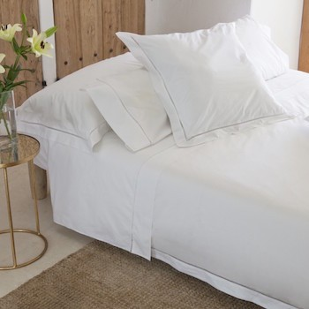 Queen quilt cover white Saria