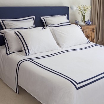 Super King quilt cover white & navy Formentera