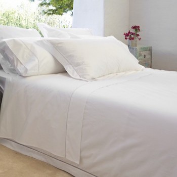 Single flat sheet white Saria
