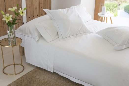 Double quilt cover white Saria